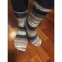 Ponožky samovzorovací hnědo, šedo, černo, smetanové